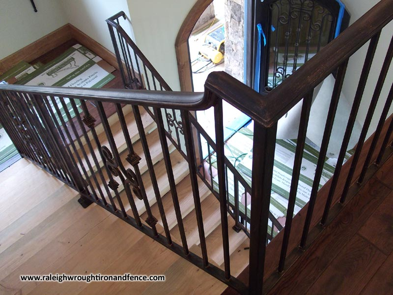 Clean The Decorative Wrought Iron Railing : Clean The Decorative Wrought Iron Railing : Custom Wrought Iron ...